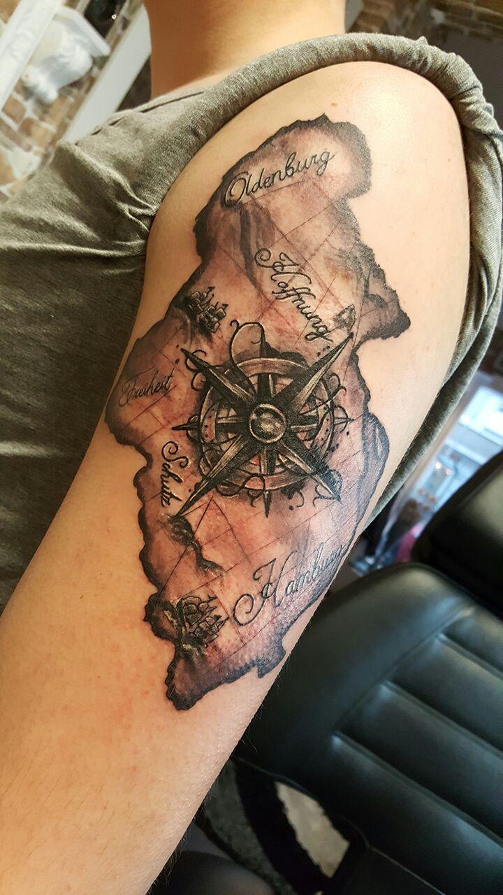 Landkarte Windrose Tattoo