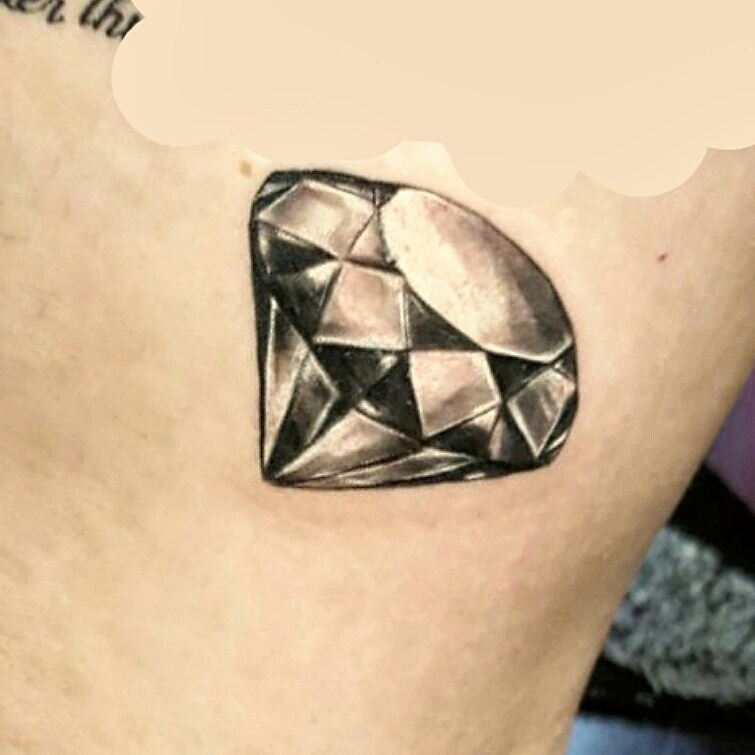 Diamant Tattoo