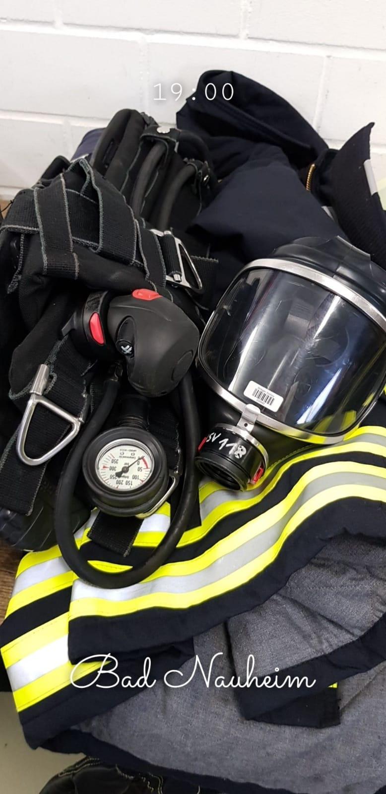 Ein Teil der Ausrüstung für Atemschutzgeräteträger