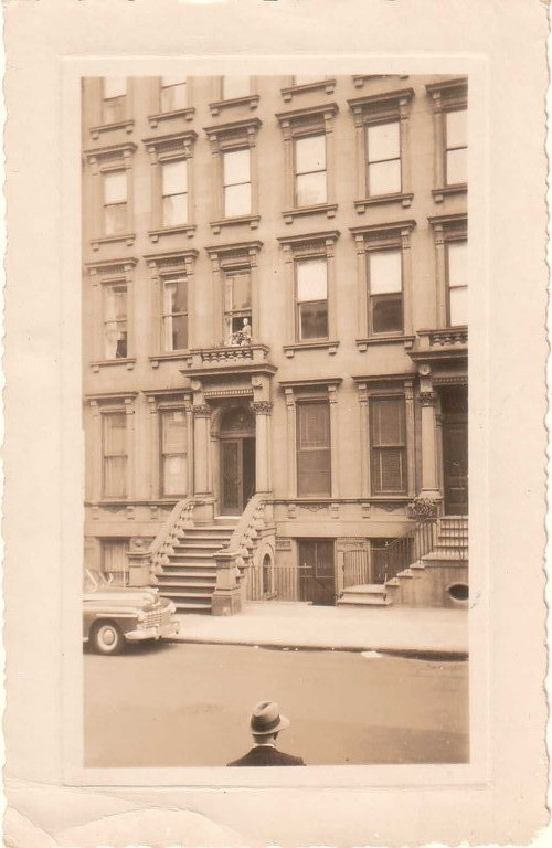 The Kogevins' house in New York, 1940s.