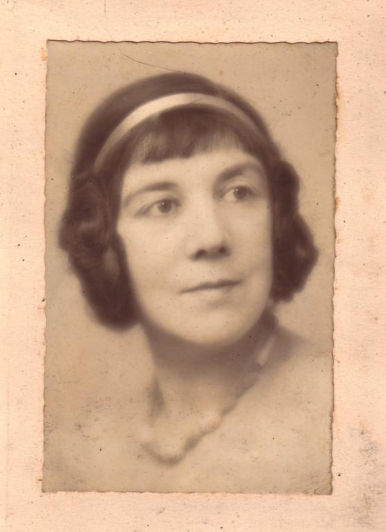 Alina Kogevin, the 1940s