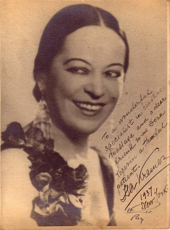 Isa Kremer, singer