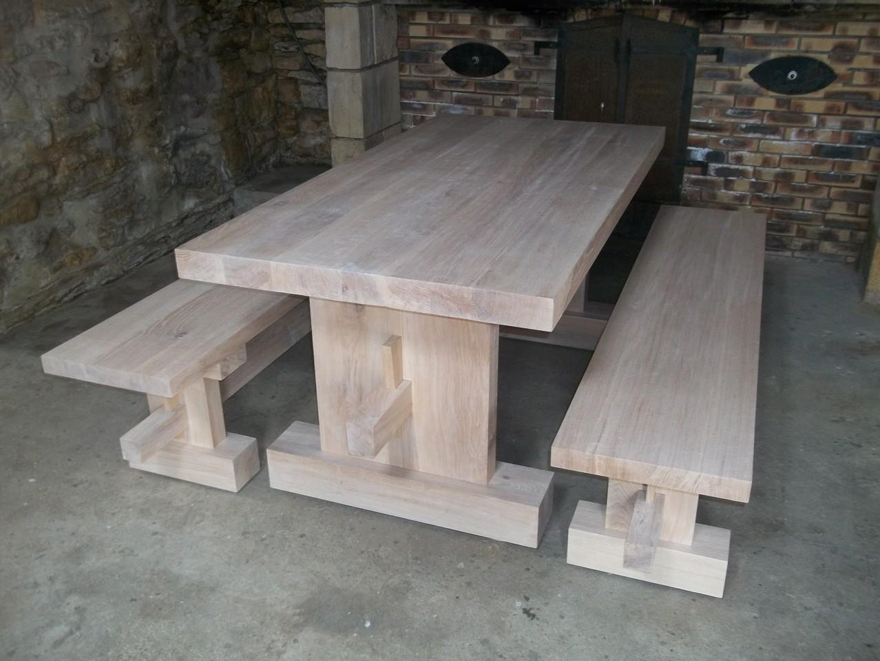 Table style contemporain