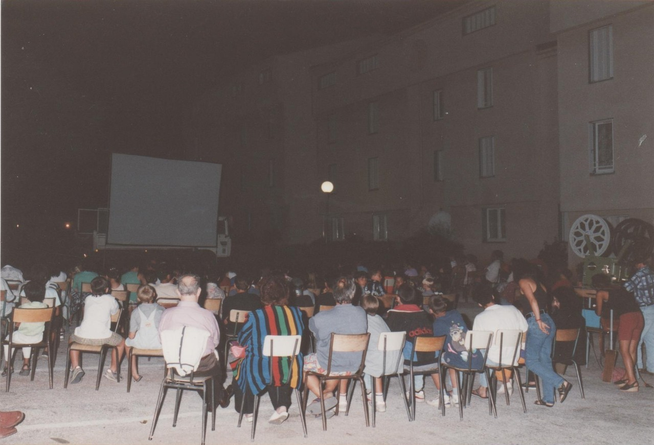 1994 - Projection en plein air