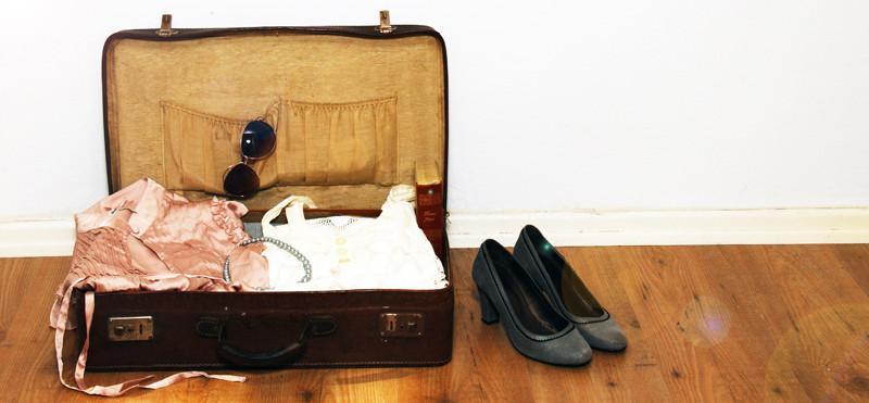 Alltagsabenteurer Alltagsabenteuer Kleidertauschparty Kleidertausch Vintage-Flohmarkt alter Koffer