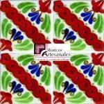 Azulejo Talavera modelo Martha en 10.5 x 10.5 cm, ideal para baños y cocinas mexicanas lo encuentras en Rústicos Artesanales visítanos en nuestra web www.rusticosartesanales.com