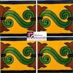 Azulejo Talavera modelo Chilena fondo Mostaza en 10.5 x 10.5 cm, ideal para baños y cocinas mexicanas lo encuentras en Rústicos Artesanales visítanos en nuestra web www.rusticosartesanales.com