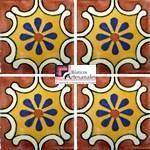 Azulejo Talavera modelo Arabesque Terracota con Amarillo en 10.5 x 10.5 cm, ideal para baños y cocinas mexicanas lo encuentras en Rústicos Artesanales visítanos en nuestra web www.rusticosartesanales.com