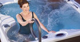 Rampe d'accès pour votre bain à remous spa outdoor