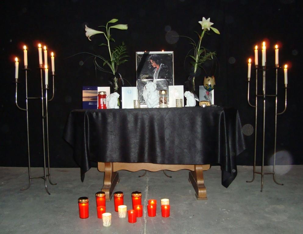 auf MJ-Partys gibt es immer eine Gedenkecke