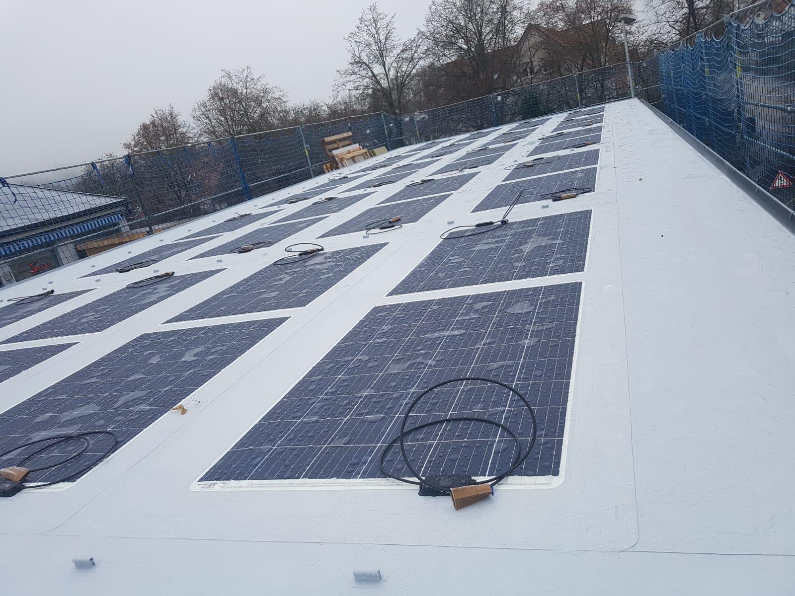 Solarfolien für Folienflachdächer - Referenzanlage