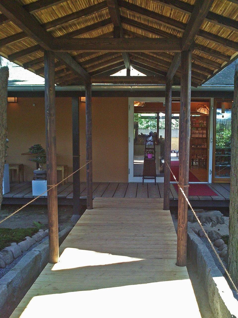 Eingang zum Teehaus