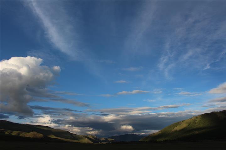 Der Himmel reist auf am Abend des zweiten Federbruches
