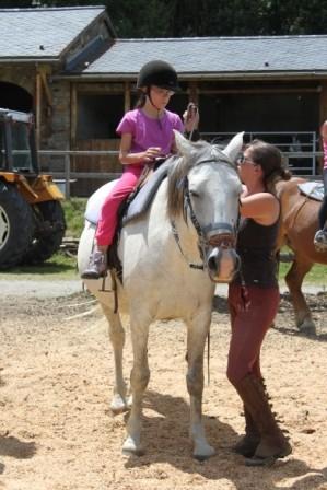 Pour les petits c'est activité balade à cheval