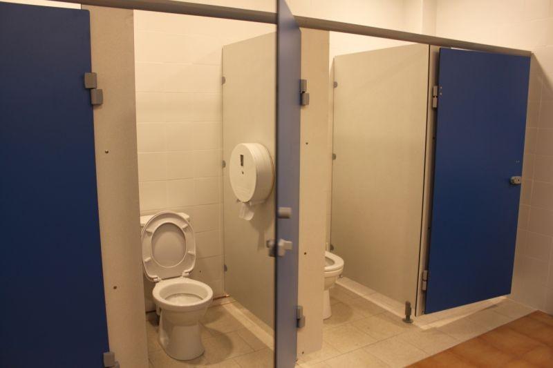 Les toilettes de l'étage