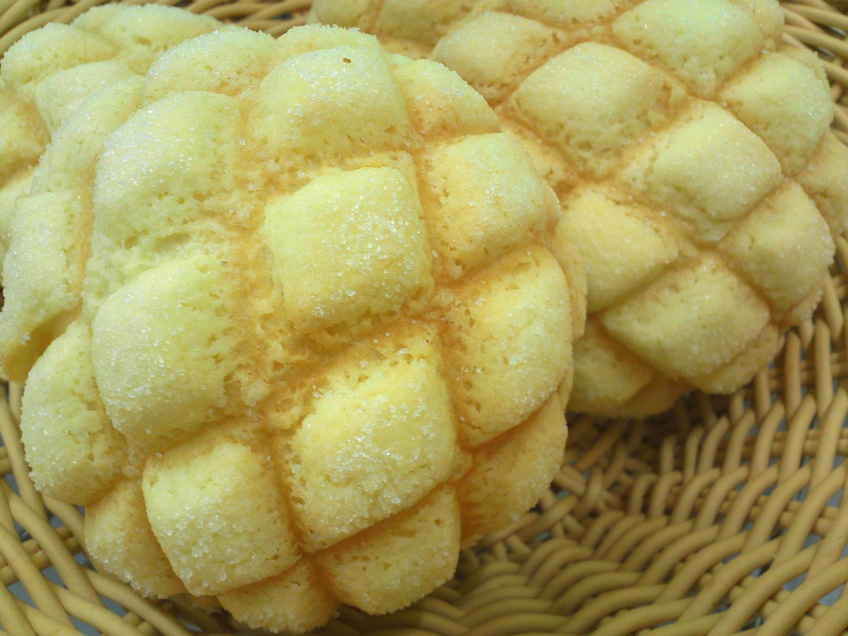 ふんわりパンにさっくさくのクッキー生地                        さくさくメロンパン