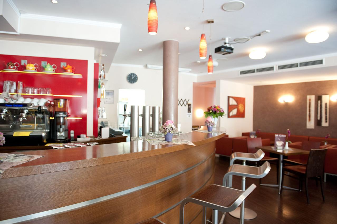 Café-Bar-Bistro