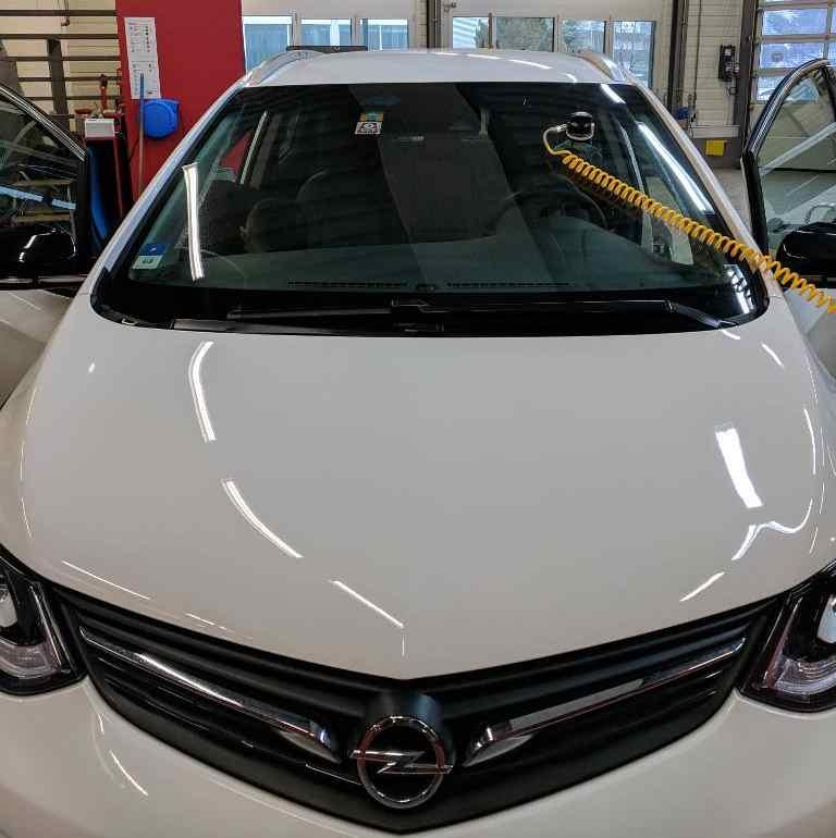 Steinschlag Reparatur Opel Ampera e, Erfahrungsbericht Elektroauto