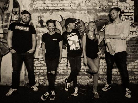 """Chris Magerl and the Burning Flags - Debut-Album """"Sand Timer"""""""