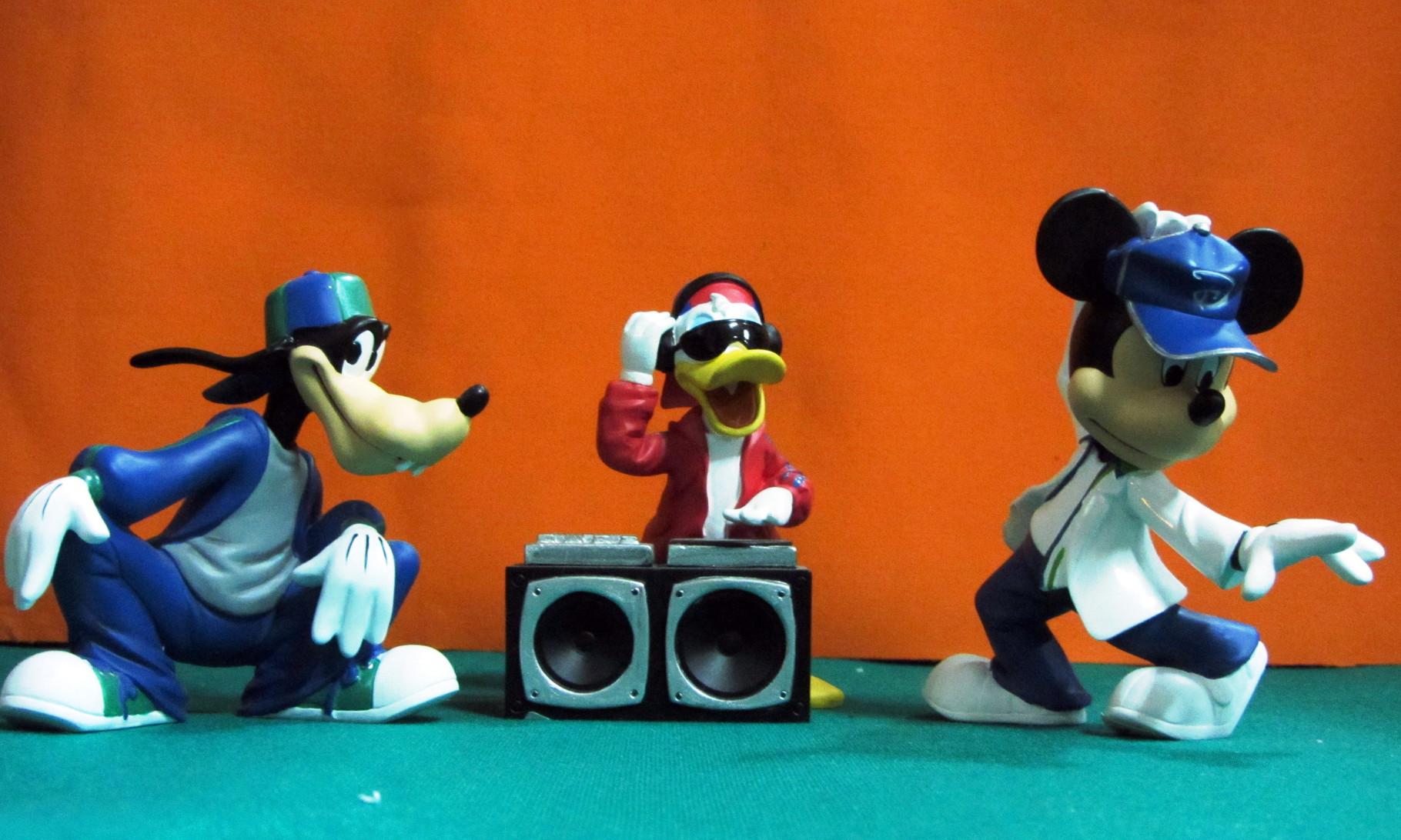 Mickey y amigos rap