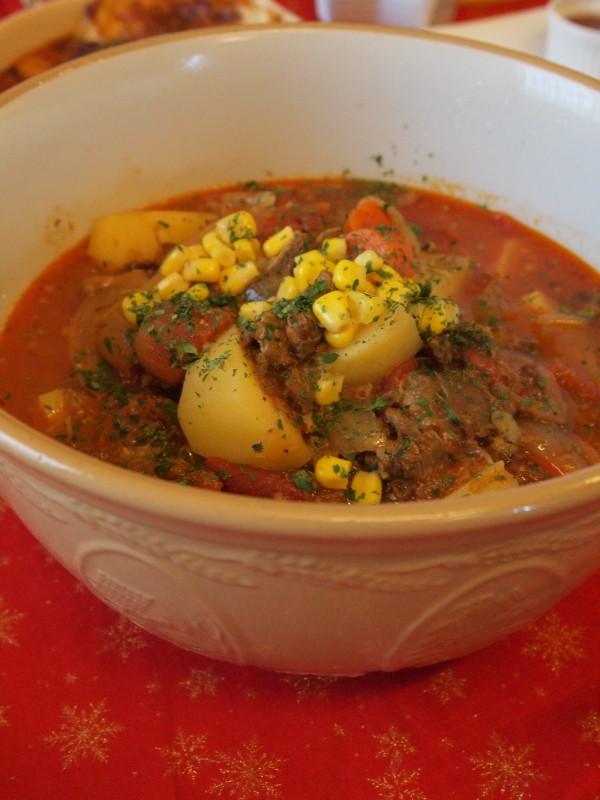 牛スジトマトスープ