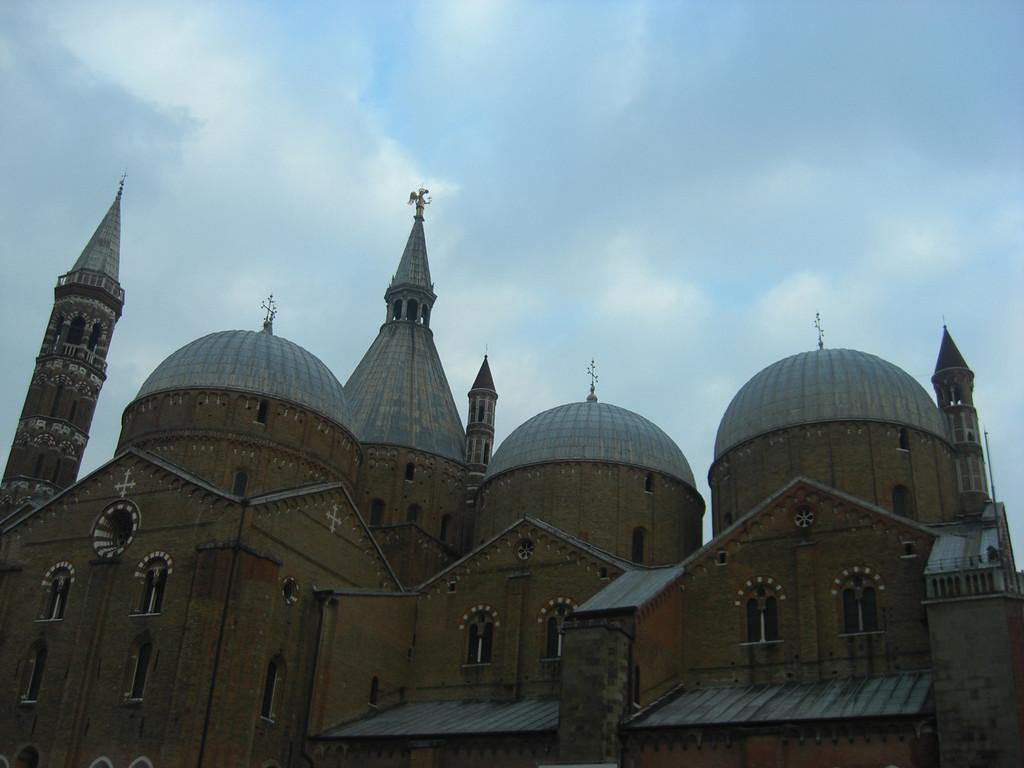 サンタントニオ聖堂・・・だと思う