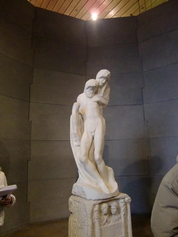 ミケランジェロ最後の作品・ロンダニ-ニのピエタ