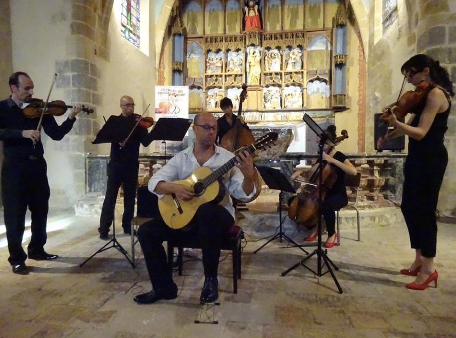 Août 2018  Quatuor Occitania et Guitariste Philippe Mouratoglou à Notre-Ddame de La ValL
