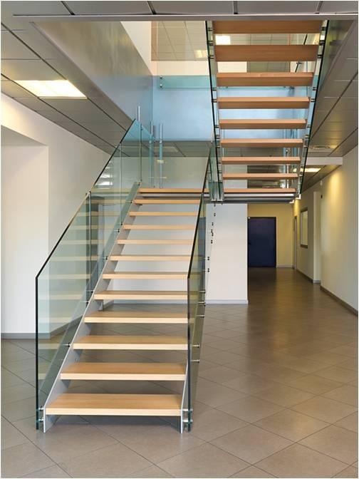 Escaleras de interior y exterior en murcia escaleras - Barandillas de cristal y madera ...