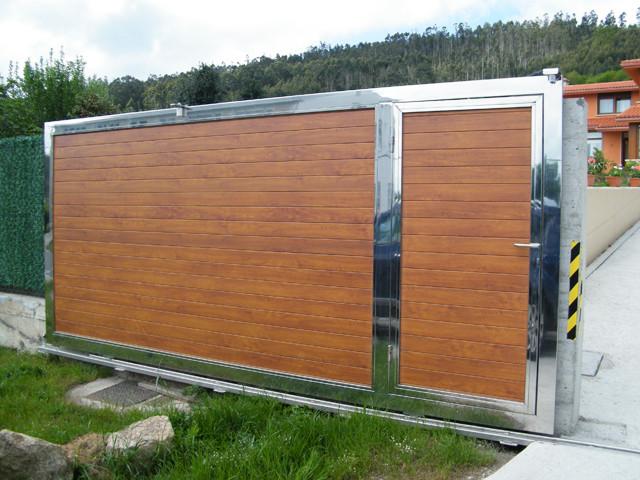 Puertas de dise o en acero inoxidable acero corten en - Portales de madera ...