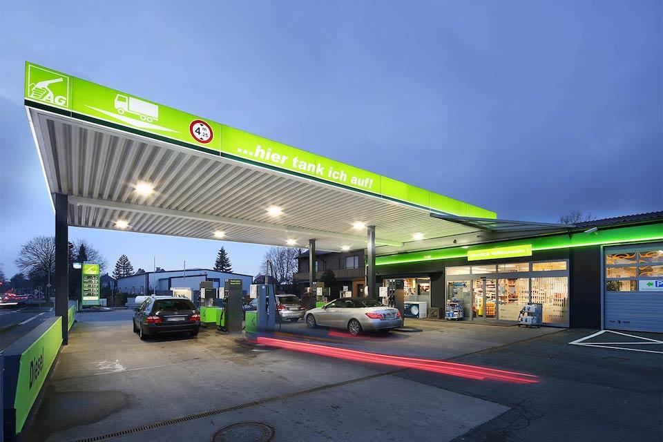 """Auto Gerbaulet - Die traditionsreiche """"grüne Tankstelle"""" in Harsewinkel. Mehr Kundennähe, mehr Service, mehr Auswahl."""