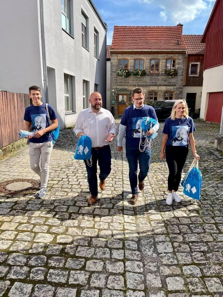 Die Aufstiegstour - Wahlkampf durch ganz Bayern