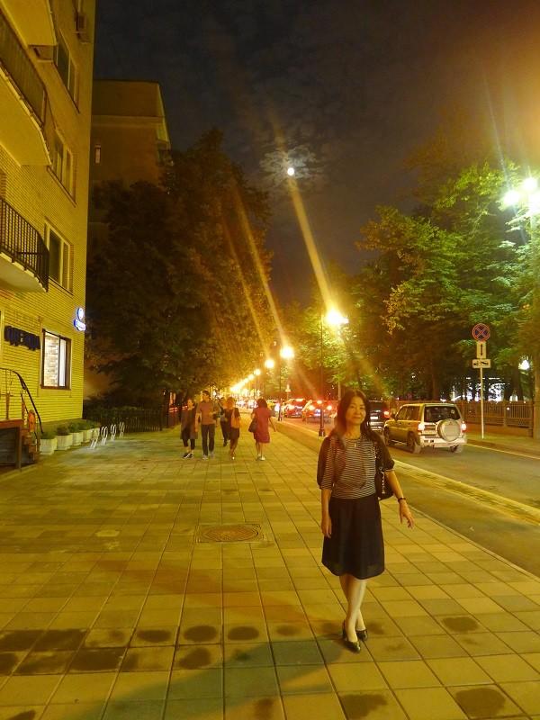 ②広い歩道