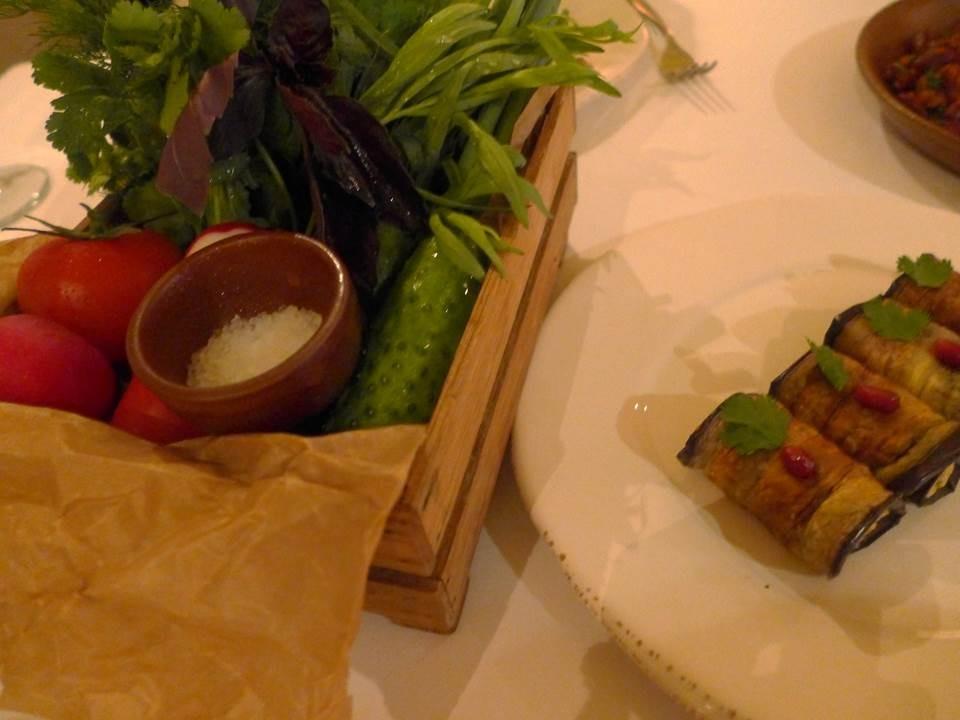 新鮮野菜とナスのルーレット