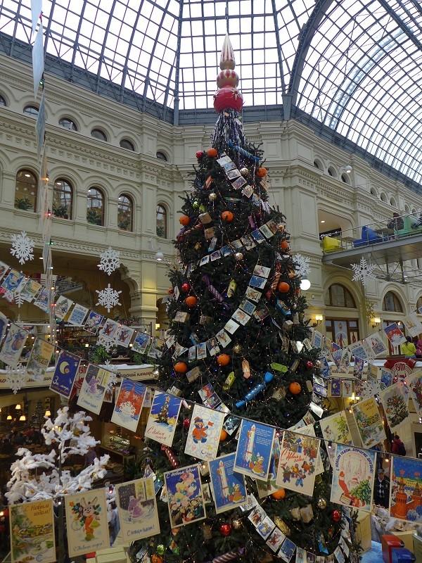 グム・デパートのクリスマスツリー1