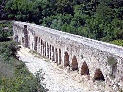 Aqueduc d'Ansignan - Pyrénées Orientales