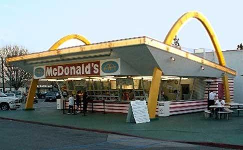 Le premier McDonald's franchisé en Arizona en 1953