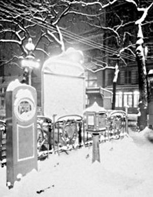Métro place d'Italie sous la neige