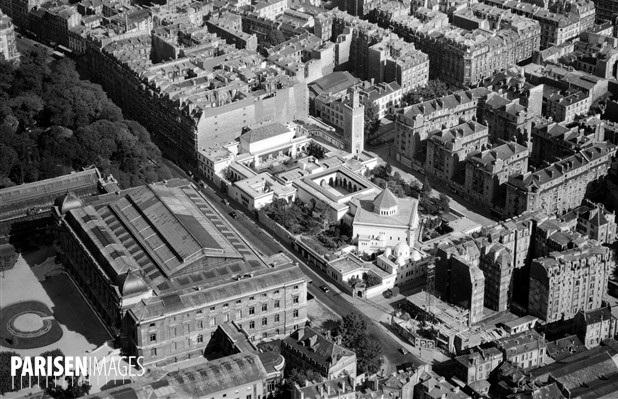 Vue d'avion de la mosquée de Paris. En haut à gauche une partie du pâté de maisons compris entre les rues du fer à moulin, Santeuil, Censier et Geoffroy Saint-Hilaire (anciennement rue du marché (aux chevaux).