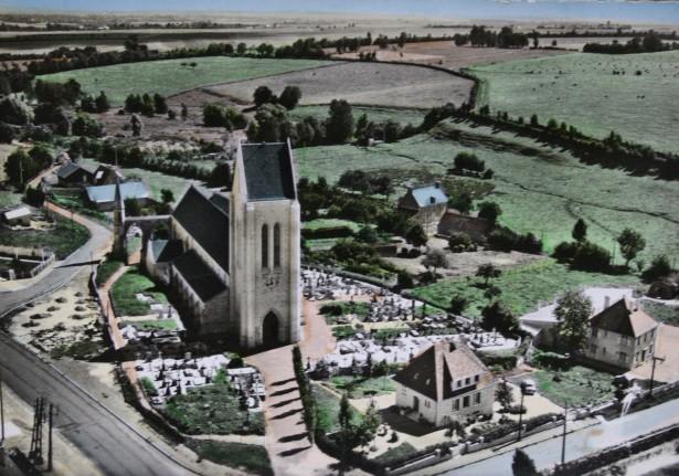 Durant la reconstruction : l'église