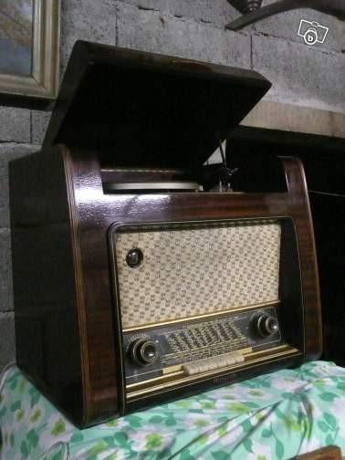 Poste à modulation de fréquence et tourne-disque Telefunken