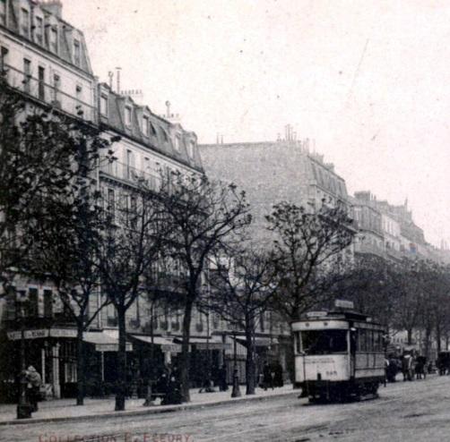 Ancienne clinique et Dimpre hippomobiles (masqués en partie par le tramway)
