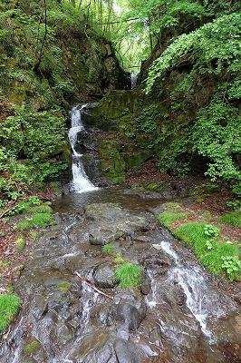 滝は檜原村のパワースポットです