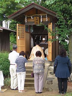 飯能市平松円泉寺境内の天神社です