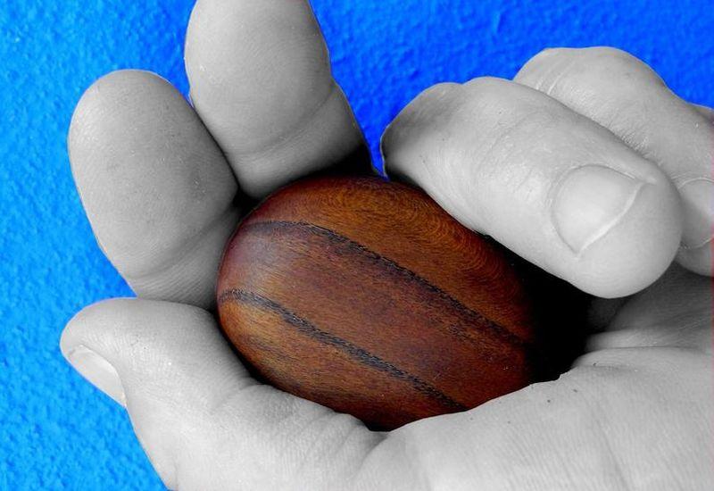 Handschmeichler Mandelholz-Holz Handschmeichler-Antistress-Giordanos Olivenholz