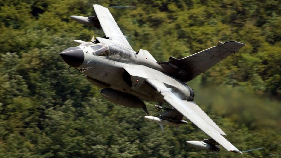 """Le caratteristica """"Sharkmouth"""" (Bocca di squalo) dei Tornado ECR del 155° Gruppo del 50°Stormo. (Foto: Aeronautica Militare)"""