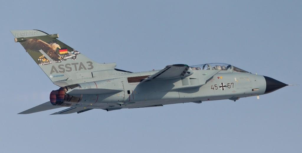 Un Tornado della Luftwaffe special color in occasione del roll-out del primo prototipo convertito allo standard ASSTA-3 / © Airbus