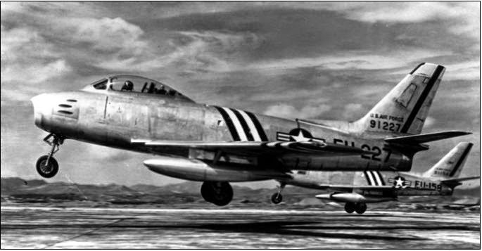 F-86A del 4th FIW in decollo da Kimpo.