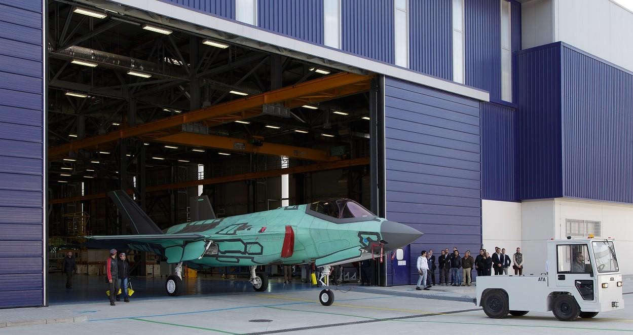 Roll-out dell'AL-1 il primo F-35 costruito in Italia alla FACO di Cameri (Foto: Lockheed Martin)