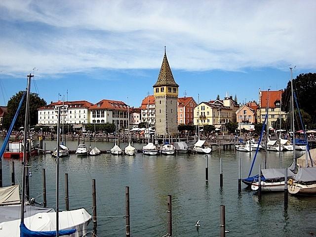 """Lindauer Hafen und """"alter"""" Leuchtturm"""